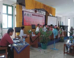 Seminar-HIV-AIDS-Oleh-UKM-KSR-300x236